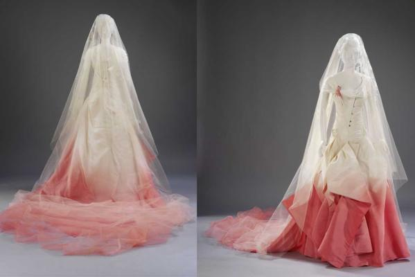 Gwen\'s Wedding Gown on Display at Te Papa Museum in New Zealand ...