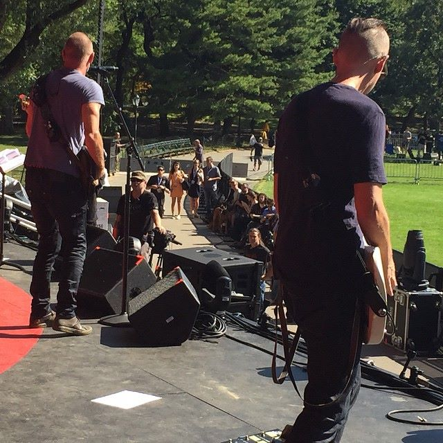 Side stage view of @officialsting & me sound-checking in Central Park. @nodoubt #omg #whatasweetguy @glblcitzn